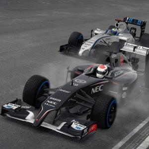 F1 2015 PS4 Racing against UK
