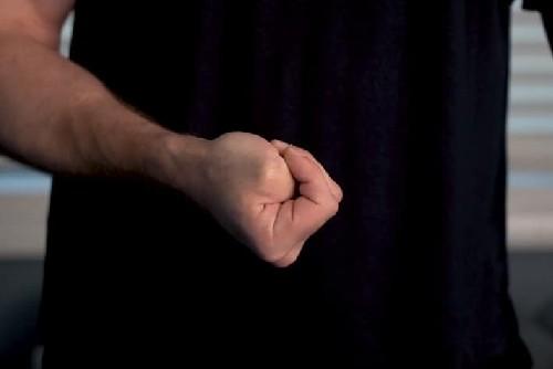 gamer thumb stretch